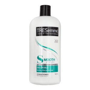 TRESemme Salon Silk Conditioner 900ml