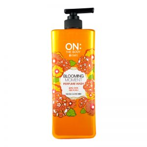 On The Body Bodywash 900g Blooming Moment